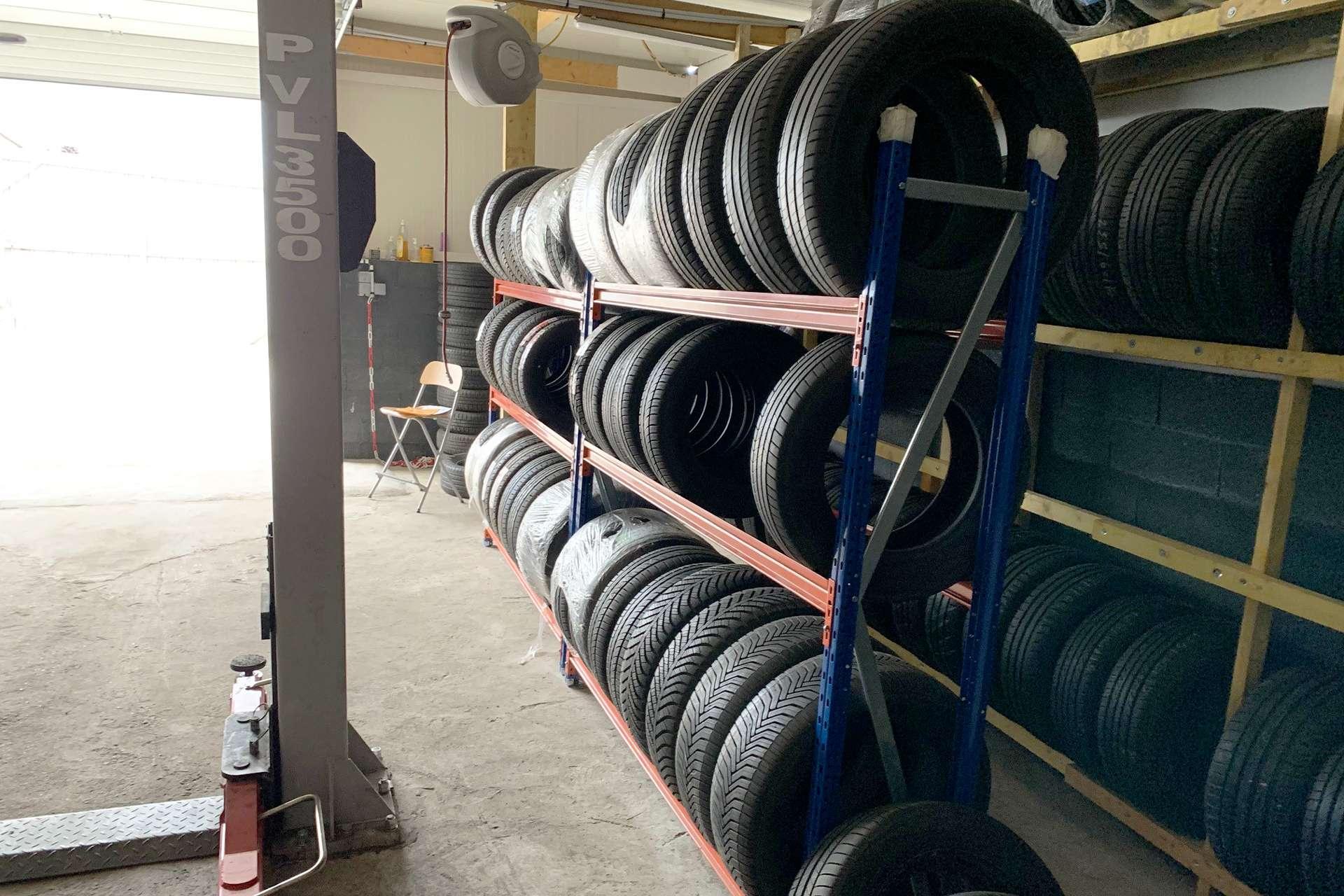 Garage Ribo Pneus RN 20 - Linas 91